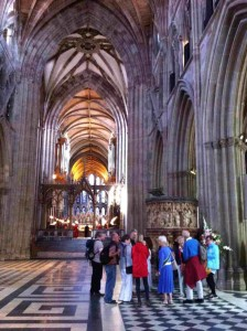 Tour going on in Nave